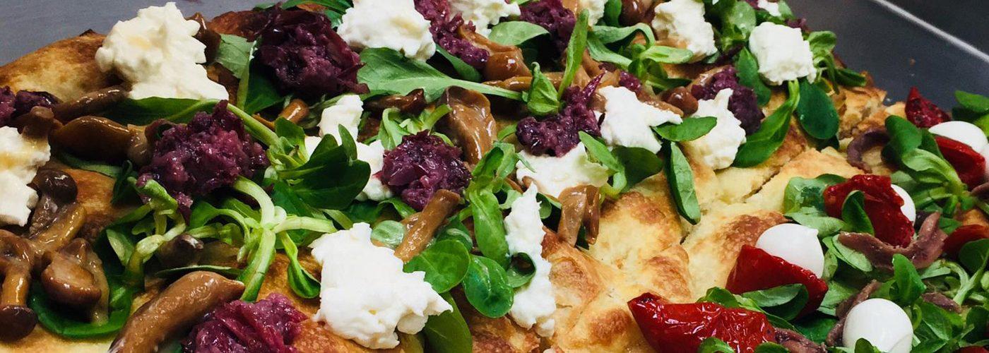 Pizzabotten, Pizzapala, Pizza Romana. slices och snacks i olika format och topping som passar alla dagens stunder